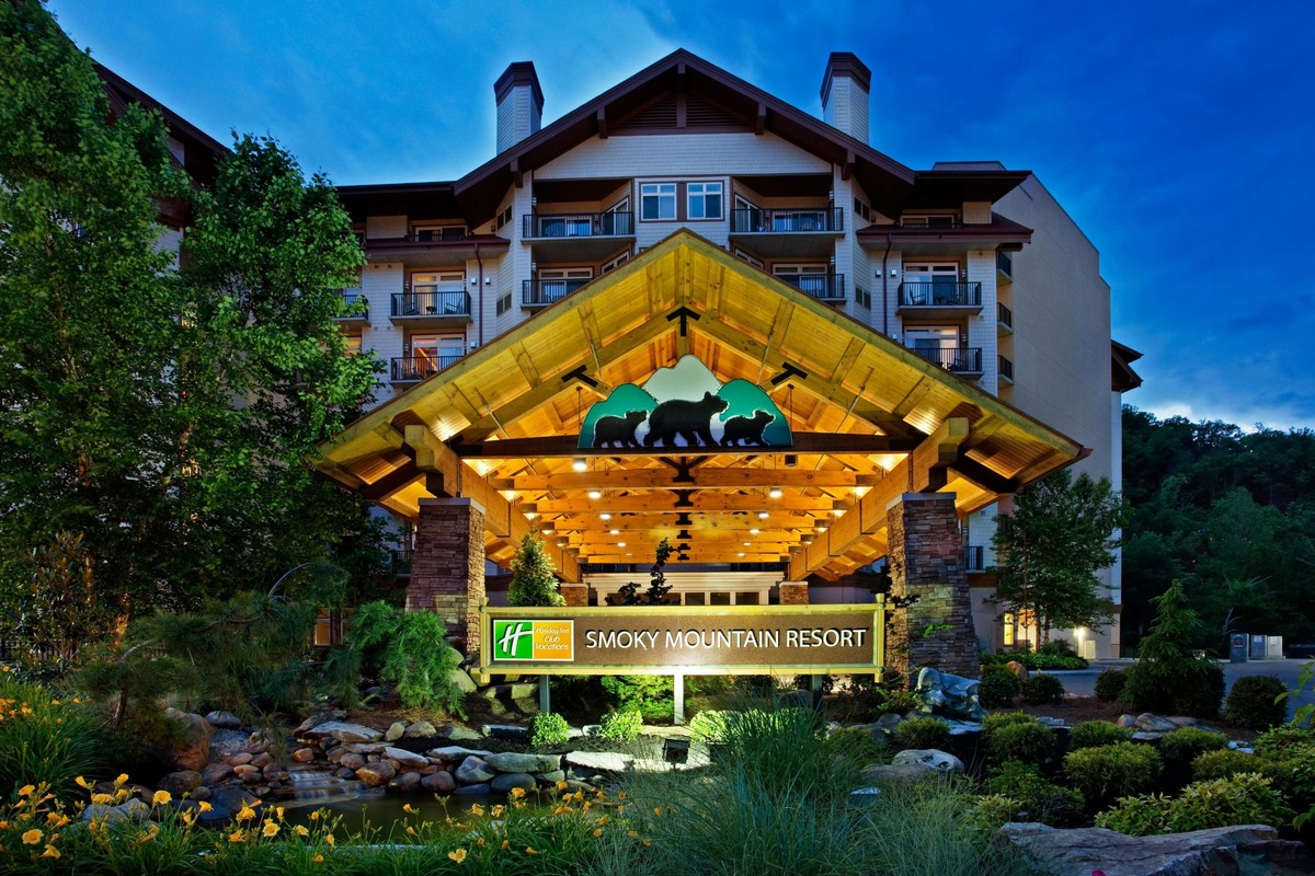Holiday Inn - Smoky Mountain Resort