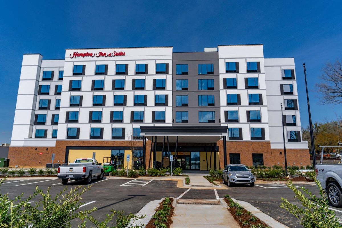 Hampton Inn & Suites Raleigh Midtown